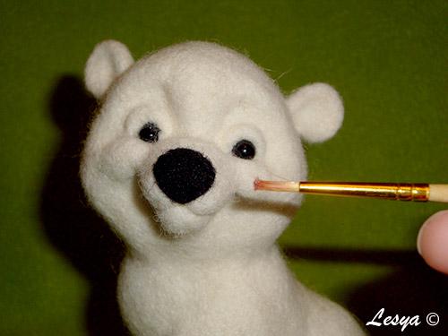 Мастер-класс по валянию игрушки медвежонка этап 58